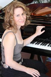 Photo of Mariah Parker